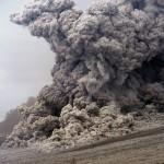 Expanding front of a pyroclastic flow. © Marc Szeglat