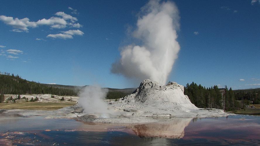 Yellowstone: Pi...