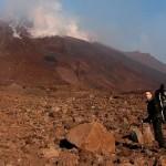 Ätna 2006: Mit 30 kg Ausrüstung haben Chris und ich 3 Nächte kurz unterhalb des Gipfels gecampt.