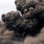 Die Vulkanasche birgt eine weitere Gefahr: bei Regen können Lahare entstehen.  © Marc Szeglat