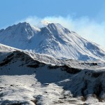 Der Bezymianny zählt zu den aktivsten Vulkanen der Halbinsel.  © Marc Szeglat