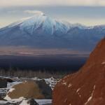Blick auf den Nachbar-Vulkan. © Marc Szeglat