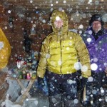 Selbst unsere Hütte war nicht Schneedicht. Hier verbrachten wir 2 Tage im Sturm. © Marc Szeglat