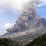 Pyroklastische Ströme flossen über den Südosthang des Vulkans. © Marc Szeglat