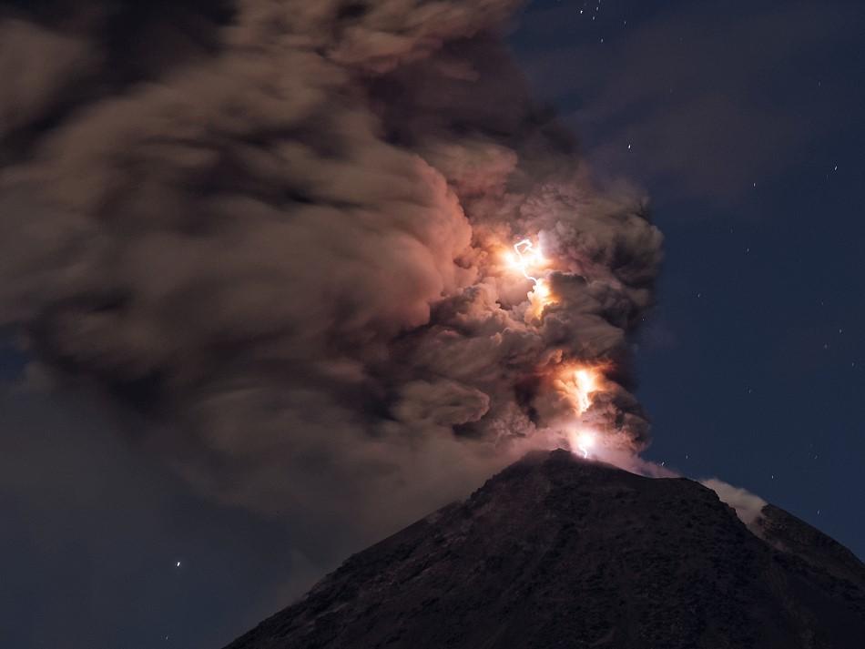 Vulkanische Blitz am Colima. © Marc Szeglat