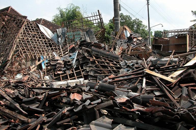 tsunamis katastrophale riesenwellen nach erdbeben. Black Bedroom Furniture Sets. Home Design Ideas